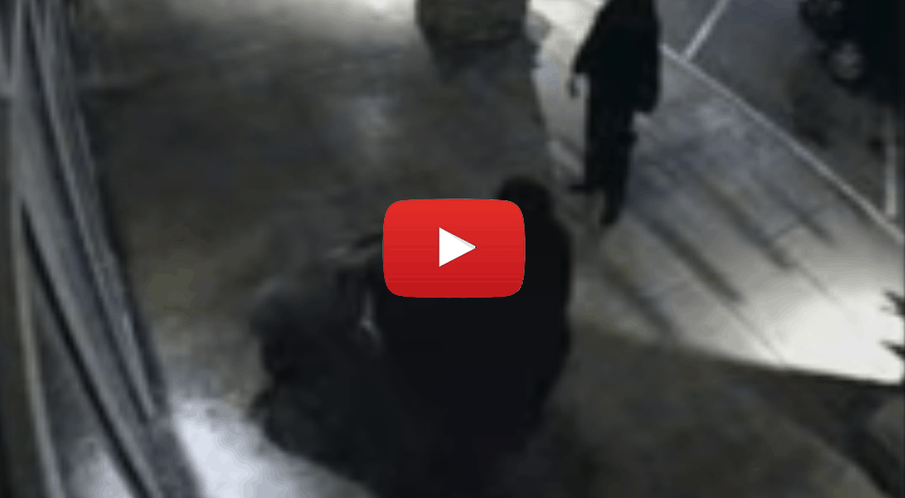 Video of Burglars trying to break into a store covered in 3M security film